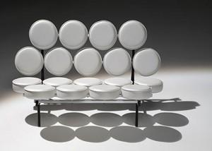투명한 의자 디자인, 허먼 밀러 회사 _ Herman Miller Company