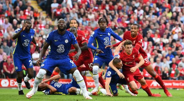 Liverpool held by Chelsea, Man City pile on misery for Arsenal