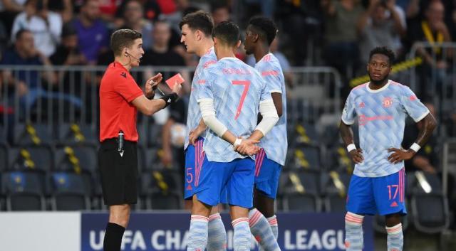 United dealt shock loss as Lukaku boosts Chelsea