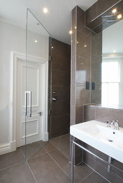 2  Frameless Wide Shower Doors  SSI