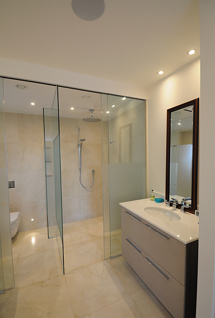7  Frameless WCShower Enclosures  SSI