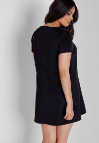 Plus size V-neck T-shirt swing dress - black Missguided ...