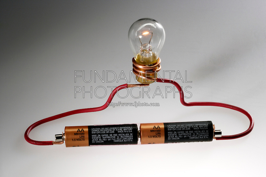 Two Light Bulbs In A Series Circuit With A Battery