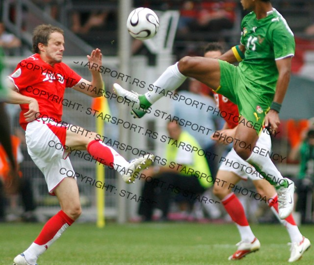 Jun 19 2006 Dortmund Germanytogo Romao Alaixis 15 Battle