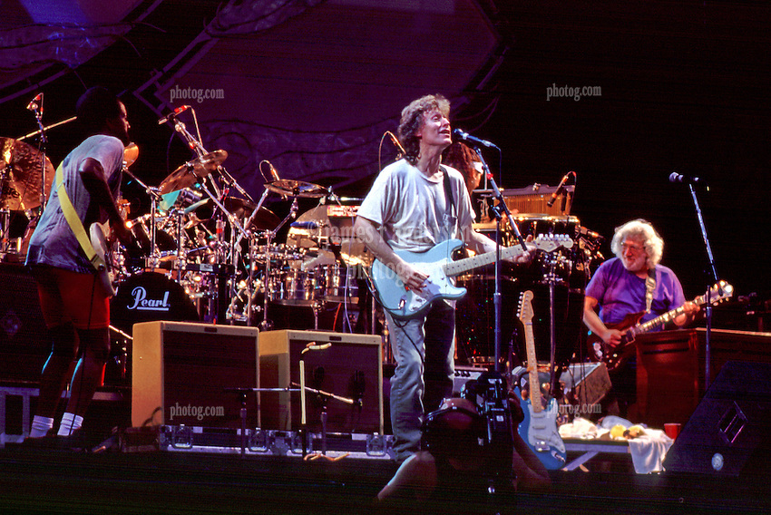 Steve Winwood and Traffic with Jerry Garcia  Giants