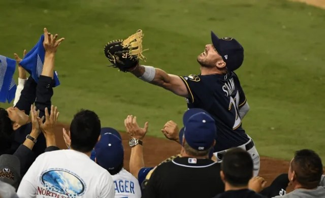 Milwaukee Brewers at Los Angeles Dodgers - 10/16/18 MLB Pick, Odds, and Prediction