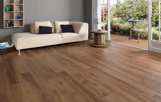 Sàn gỗ công nghiệp malaysia mang đến vẻ đẹp hiện đại, sang trọng cho phòng tắm
