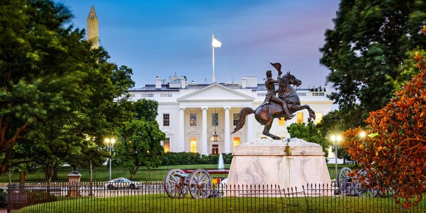 $139 -- Stay near the White House: DC Hotel w/Breakfast