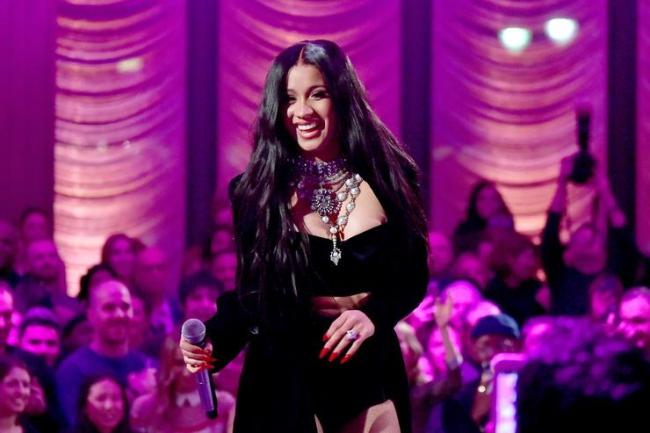 Cardi B performs onstage during the Warner Music Group Pre-Grammy Party in association with V Magazine on January 25, 2018 in New York City