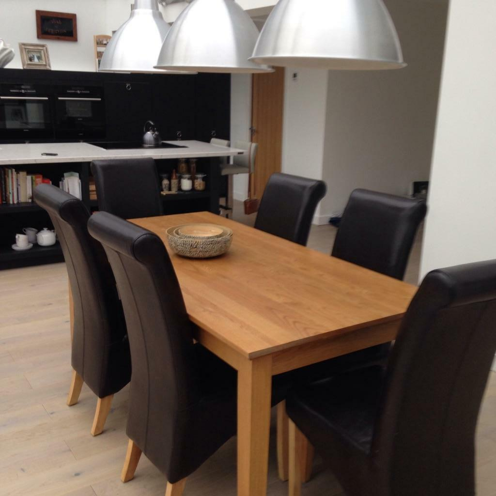 solid oak dining table and chairs clack chair 6 leather united