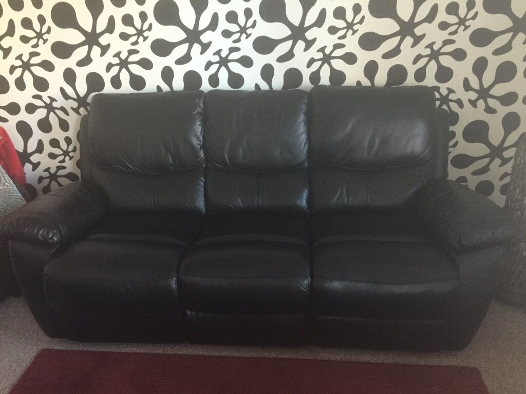 two seater recliner sofa gumtree how to make hull east yorkshire 449 00
