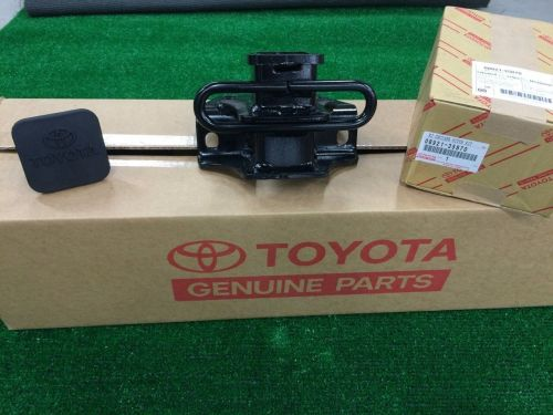 small resolution of  s l1600 2007 2014 toyota fj cruiser class 3 oem tow hitch wiring harness oem