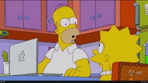 amiga ordenador 1024x575 Los Simpson y las redes sociales desde una perspectiva sociológica