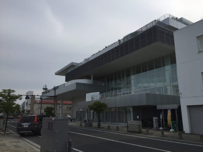 須賀川市市民交流センター