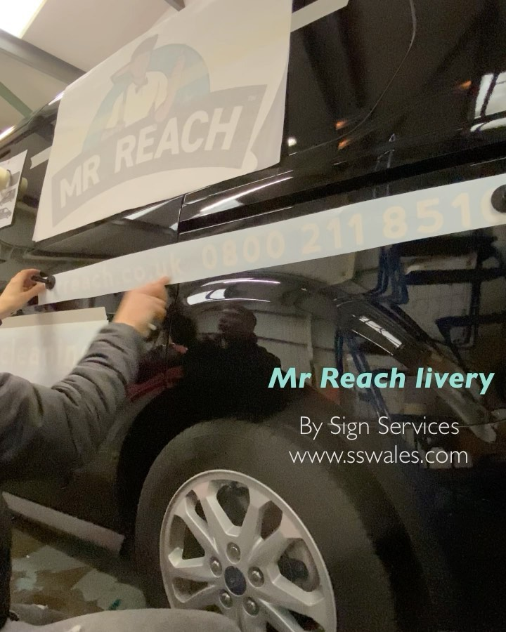 Another van completed, this one for Surrey based window cleaning franchise Mr Reach.