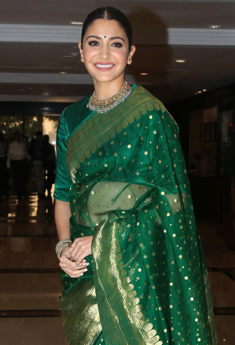 hpse_fullsize_35610_1647096771_Anushka Sharma At Priyadarshani Awards At Triden Hotel , Nariman Point on 19th Sept 2018 (9)_5ba3461d37f90.jpg