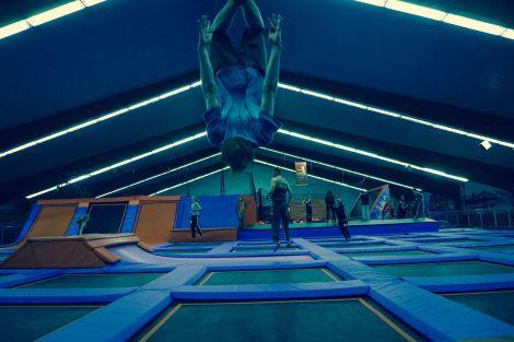 Trockenübungen: Fischkoppriding Weihnachts-Jumpen im Jumphouse Hamburg