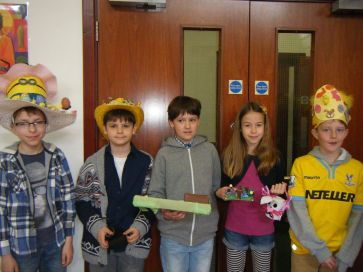 Easter Parade 2015[25]