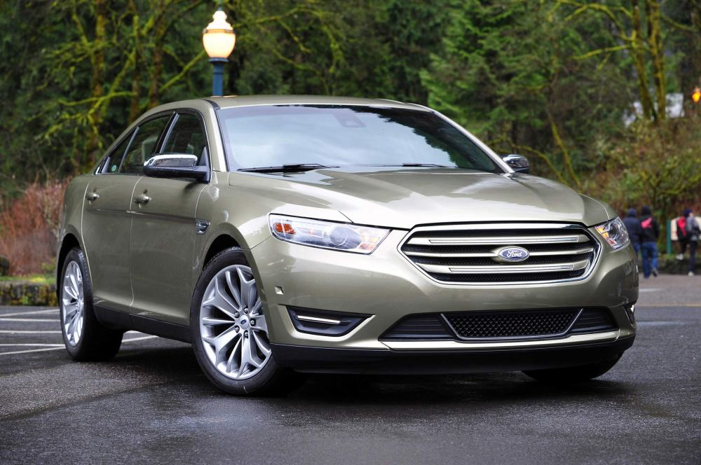medium resolution of 2013 ford taurus 14 207