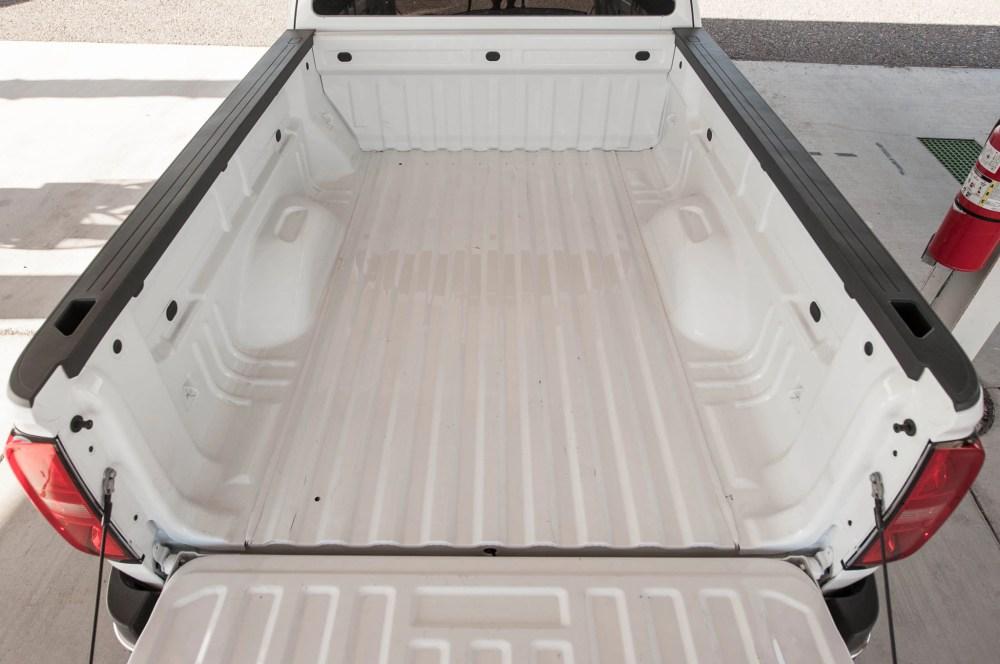 medium resolution of 2015 chevrolet colorado wt 25 truck bed