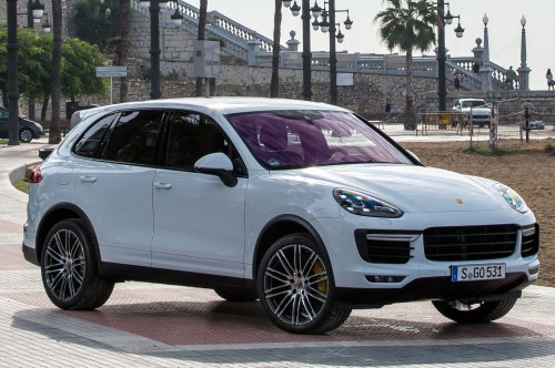 small resolution of 2015 porsche cayenne turbo front three quarter view 1