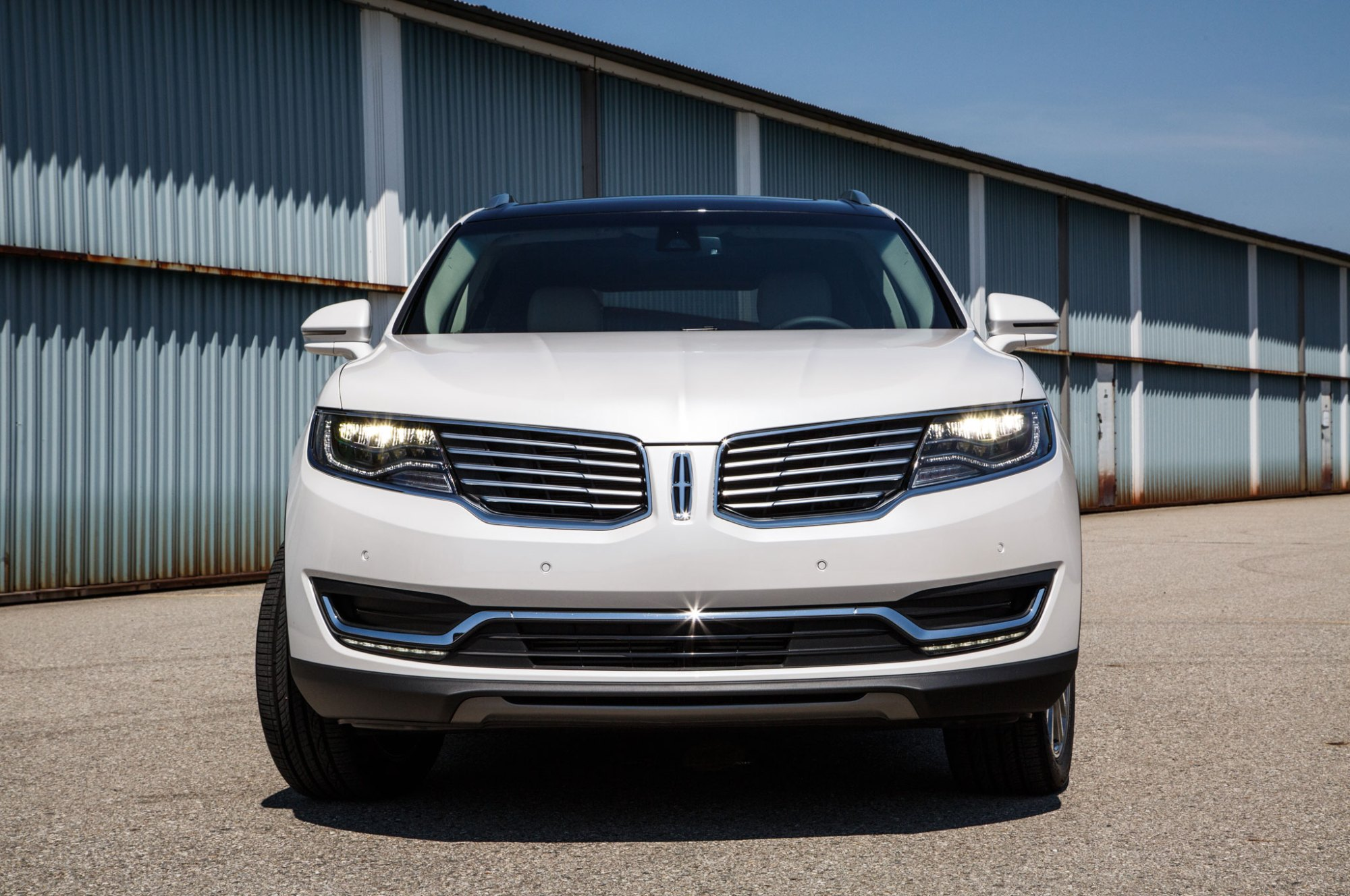 hight resolution of 2016 lincoln mkx front end 03