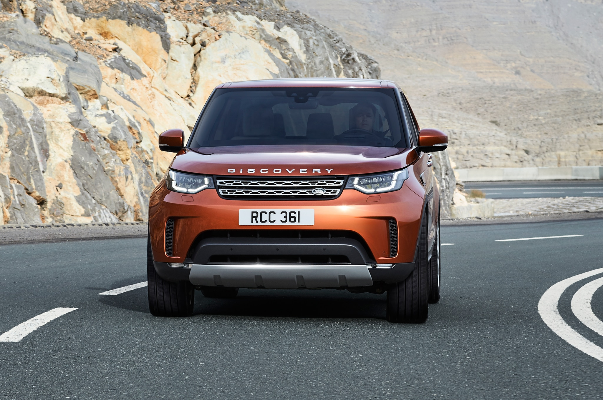 Land Rover Discovery SVX is a Robust f Roader with 518