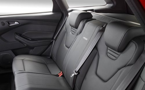 small resolution of 2013 ford focus euro rear headrests
