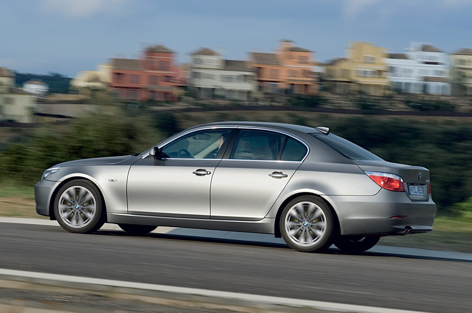 hight resolution of  bmw 535 2010 2008 2010 bmw 5 series recalled for taillight flaw