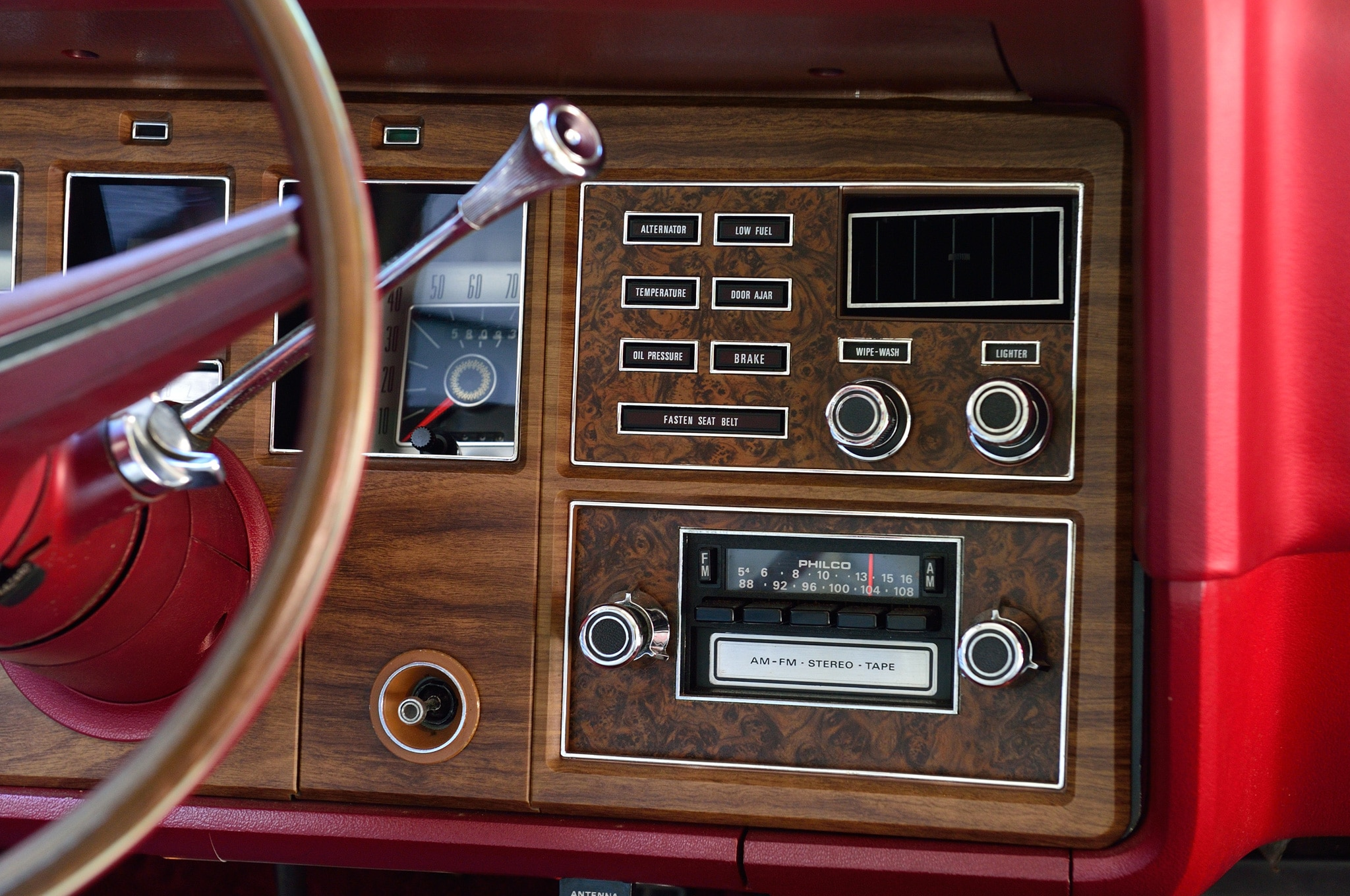 Collectible Classic 1972 1976 Lincoln Continental Mark IV