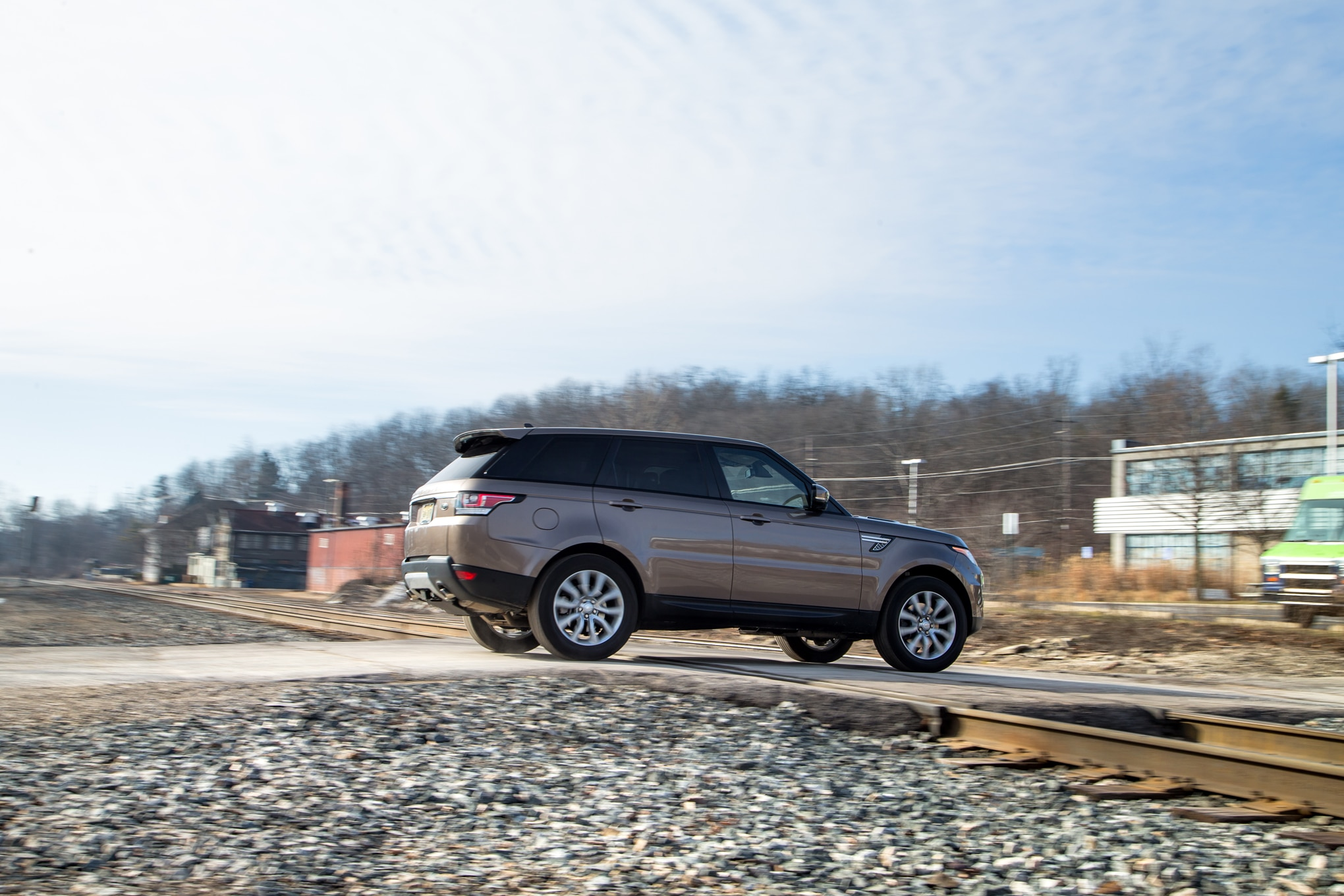 Electric or Diesel BMW X5 xDrive40e vs Range Rover Sport Td6