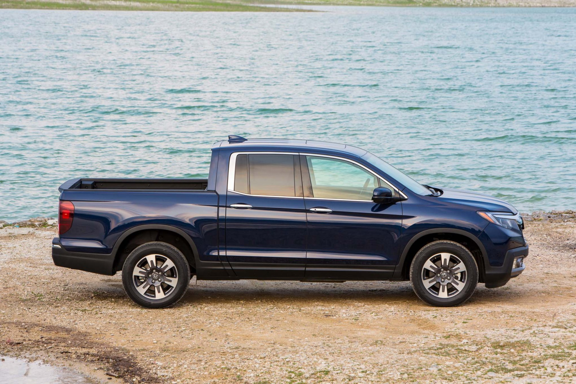 hight resolution of by design 2017 honda ridgeline also 2017 honda ridgeline blue on single motor circuit diagram