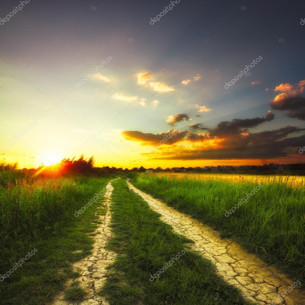 paesaggio rurale  Foto Stock  oksixx 38157907