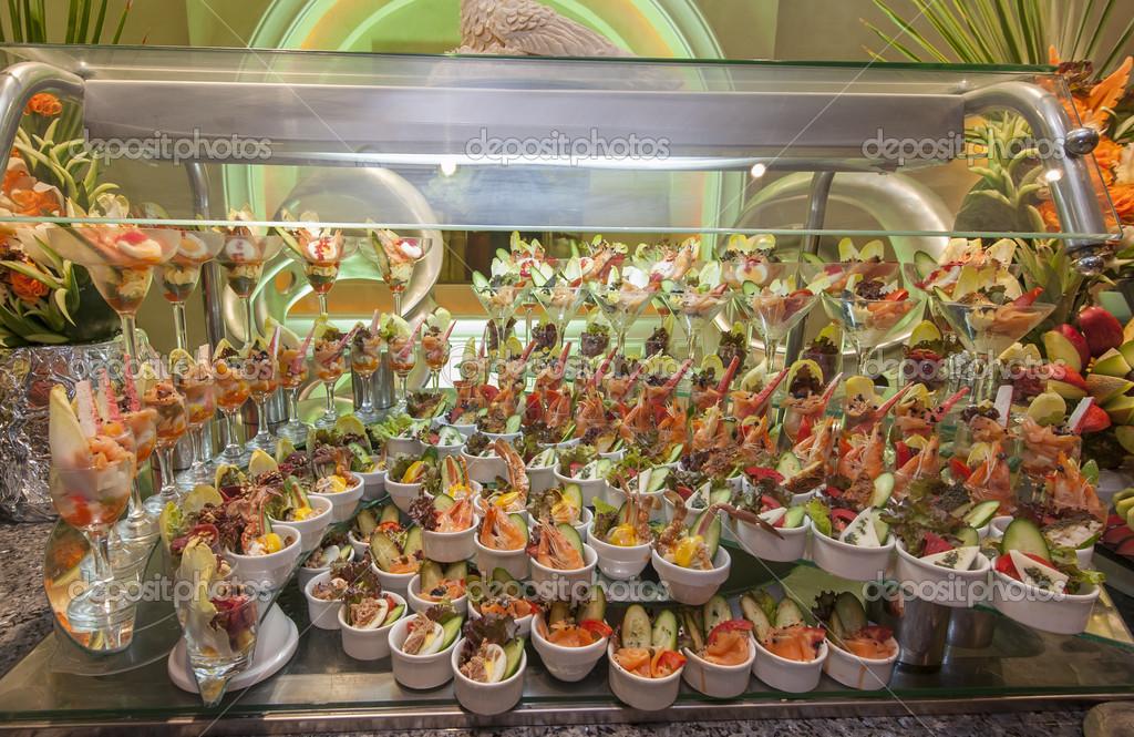 Exhibición De Pescados Y Mariscos En Un Buffet Hotel