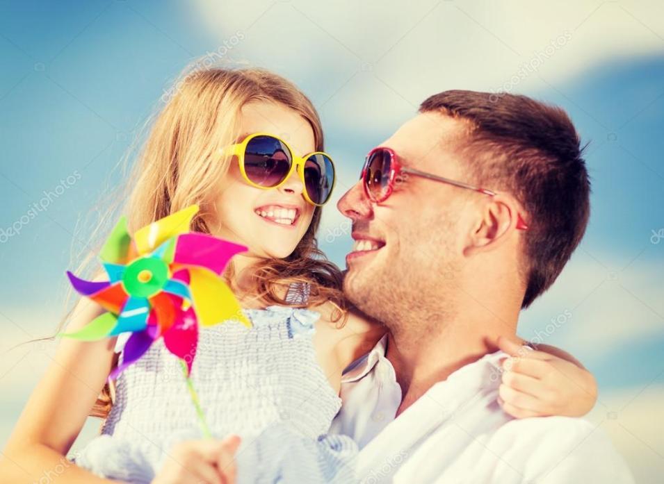 depositphotos_45541691-stock-photo-happy-father-and-child-in 21 Coisas Que Você Nunca Deve Dizer ao Seu Filho