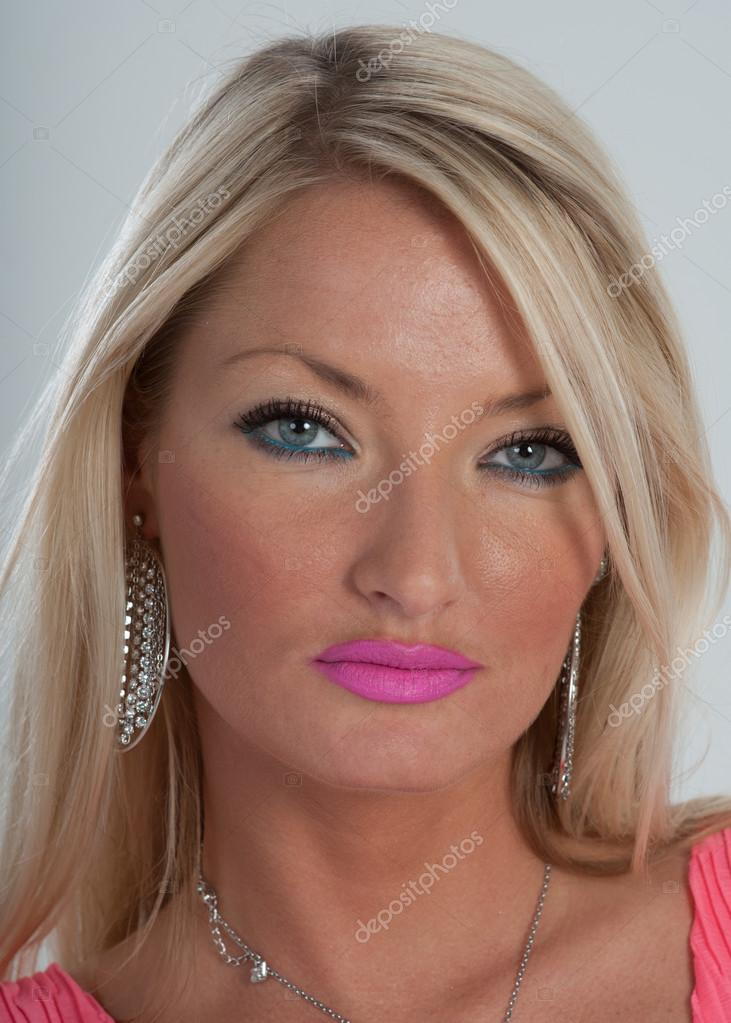 girl with black hair blue eyes lipstick for blue eyes blonde hair makeupview co