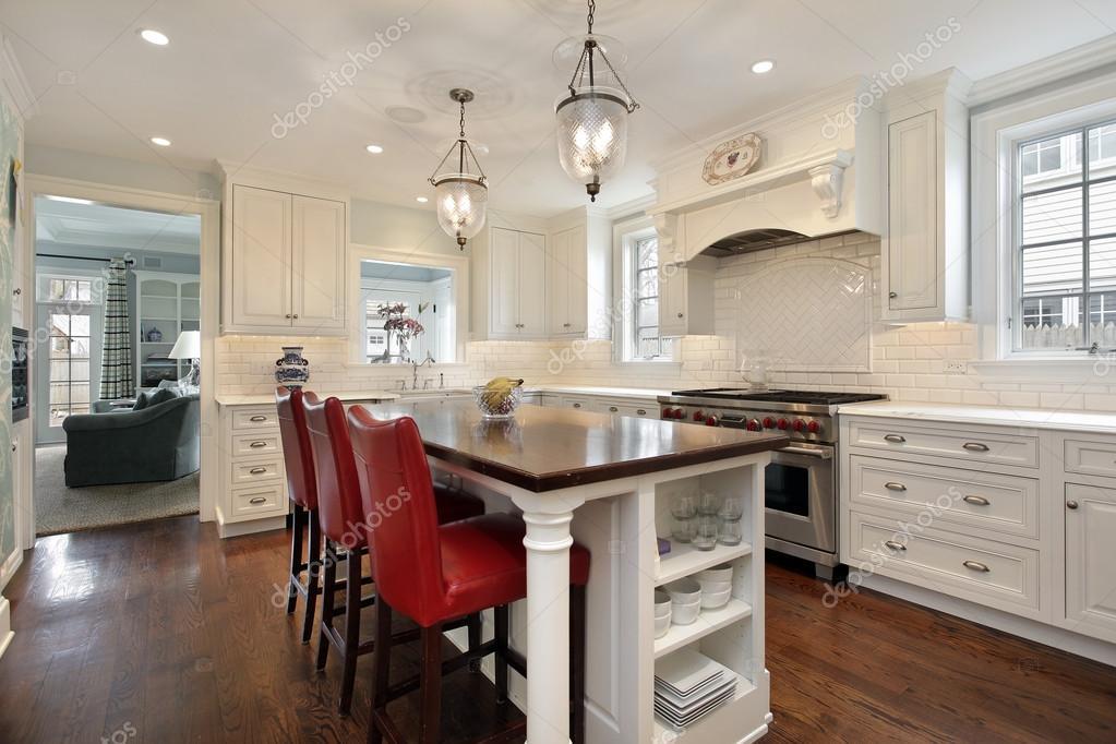 kitchen island counter countertop ideas 厨房用木柜台岛 图库照片 c lmphot 35793871