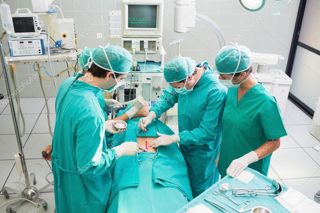 Resultado de imagen para imagenes cirujanos operando