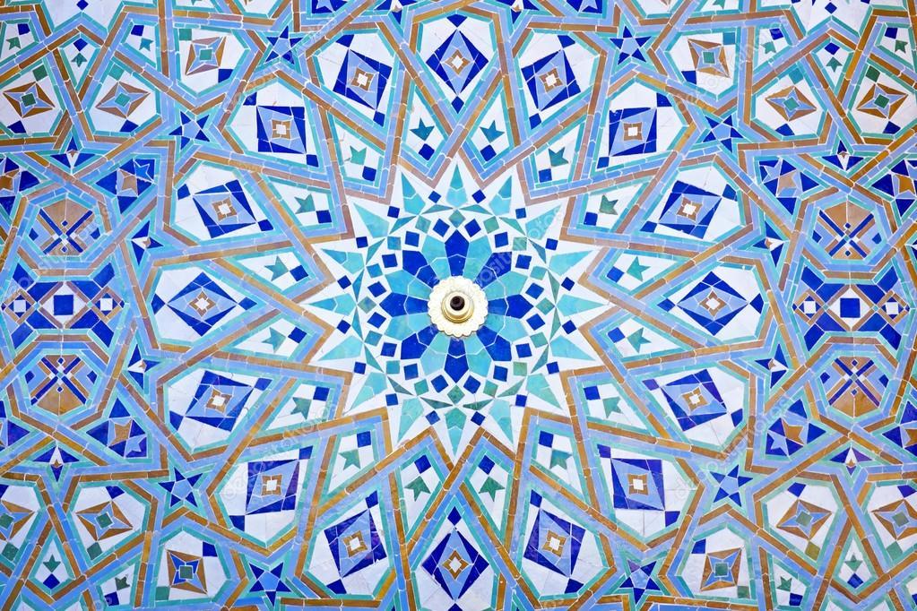 mosaico orientale alla moschea hassan ii a casablanca