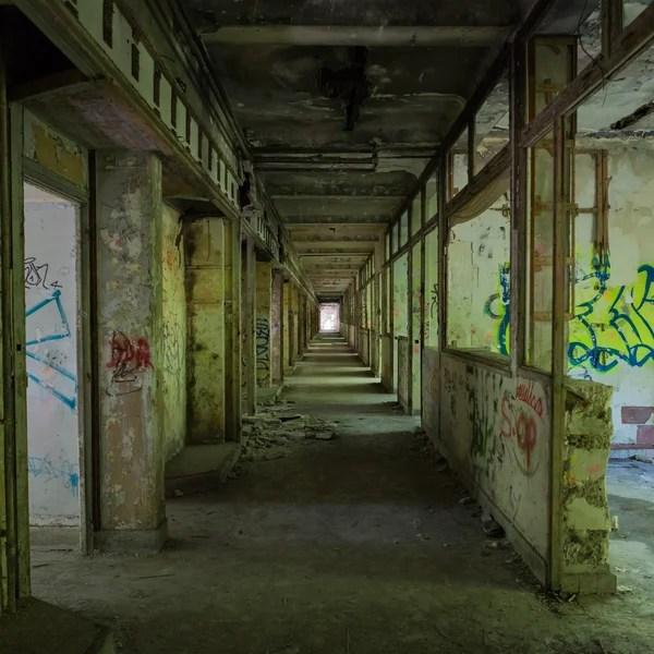 Habitacion abandonada oscura  habitacin oscura fbrica