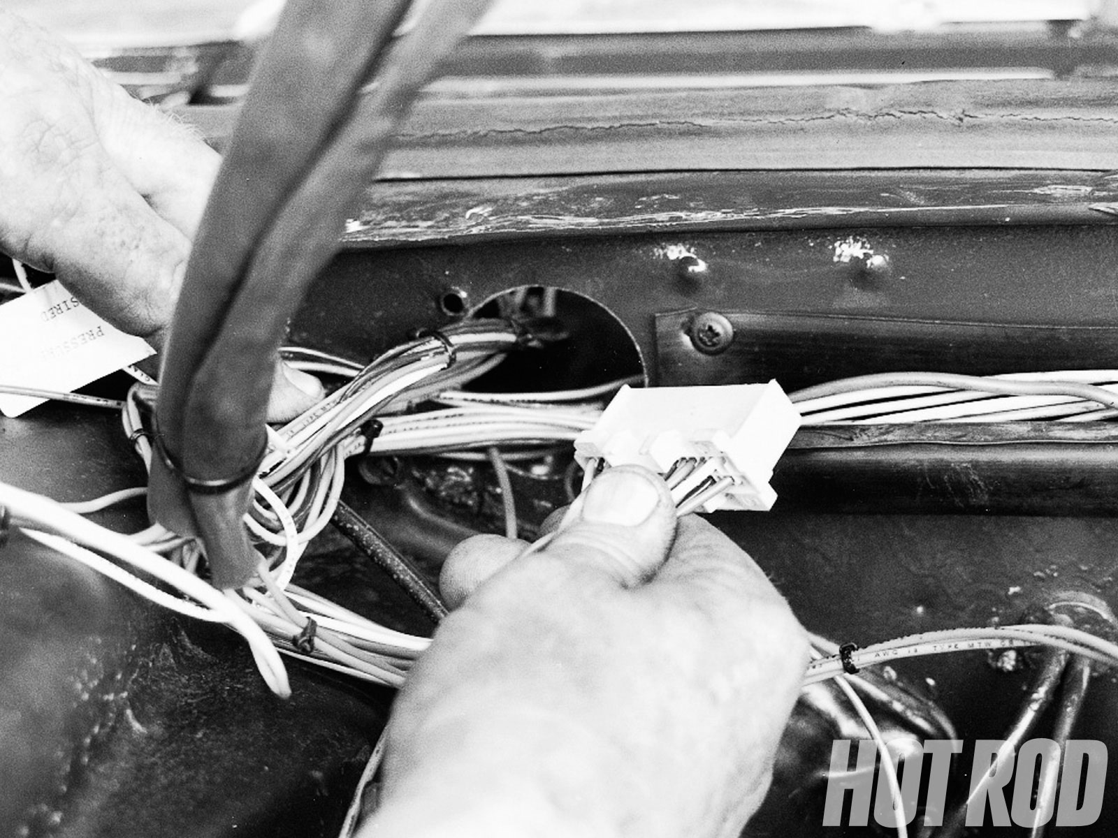 hight resolution of tpi engine swap for classic chevy s hot rod network rh hotrod com chevy 350 tpi wiring harness chevy 350 tpi wiring harness