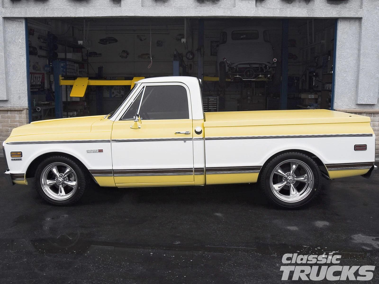 hight resolution of 0612clt 12 o 1971 chevy cheyenne pickup truck side shot