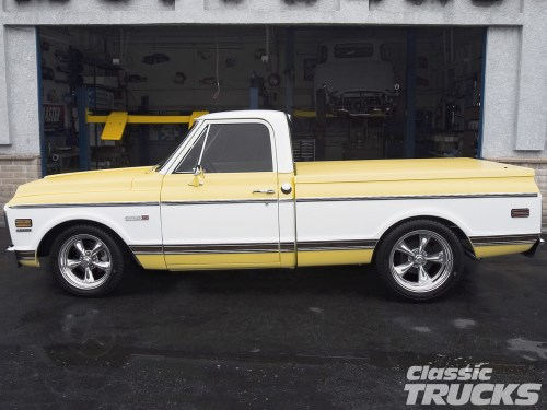 small resolution of 0612clt 12 o 1971 chevy cheyenne pickup truck side shot