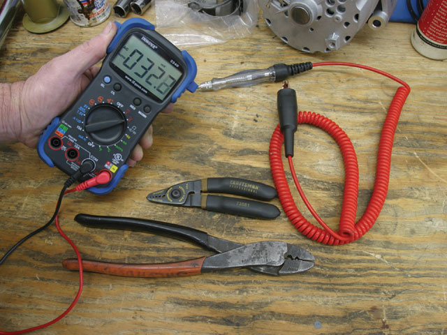 Automotive Electrical Circuits Often Requires Measuring Volts