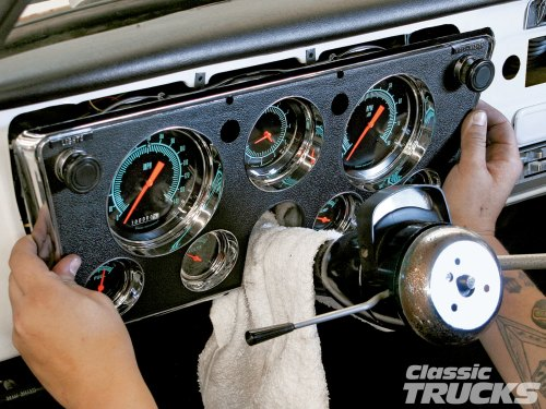 small resolution of 1005clt 02 o classic instruments gauge panel install for 1967 1972 chevy c10s custom dash replacement