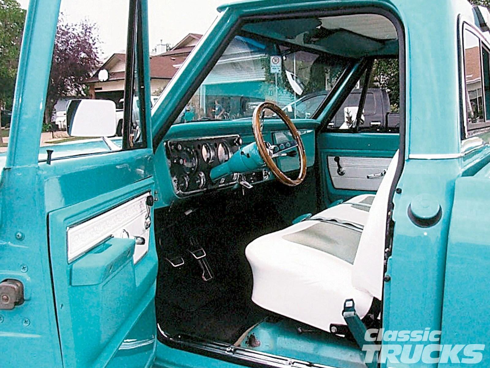 1968 Chevy C10 Pick Up