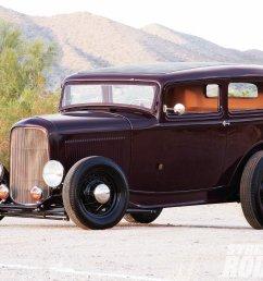 1105sr 06 1932 ford sedan front left1 [ 1600 x 1200 Pixel ]