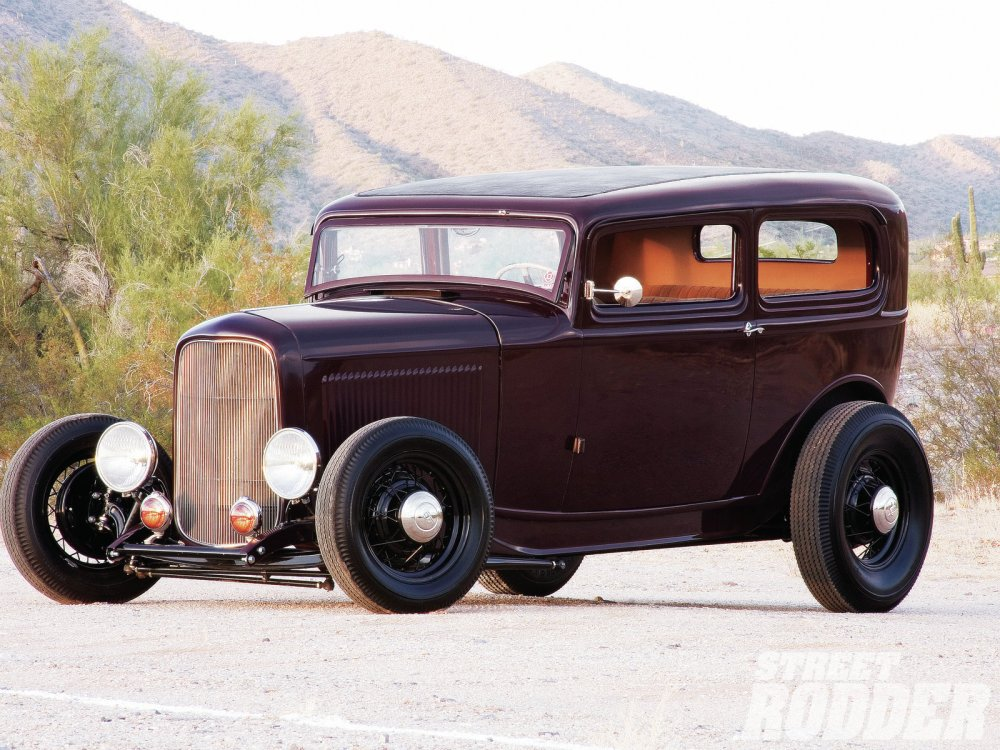 medium resolution of 1105sr 06 1932 ford sedan front left1