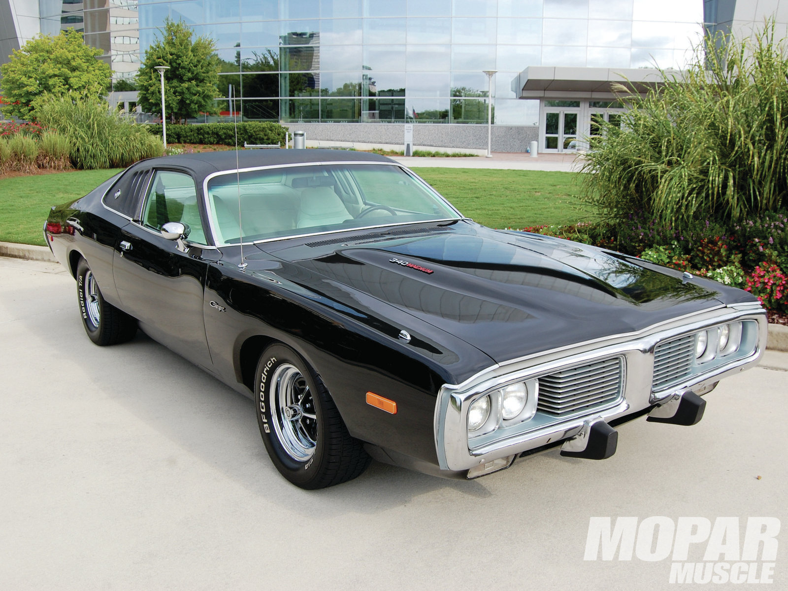 hight resolution of mopp 1304 05 1973 dodge charger passenger front three quarter