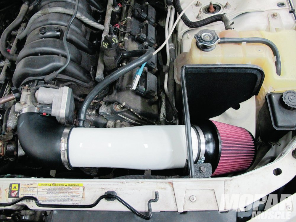 medium resolution of 2006 dodge charger cold air intake kits install and test mopar muscle hot rod network